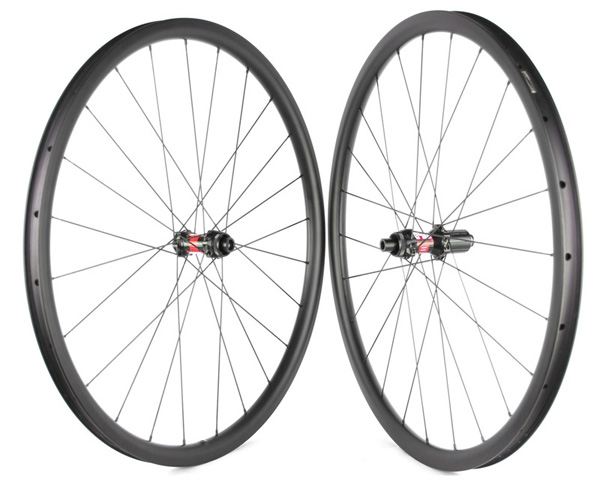 gravel carbon wheelset